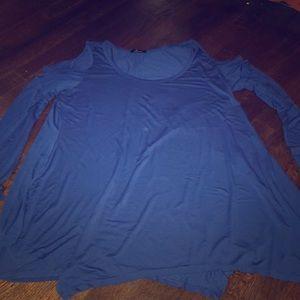 Beautiful blue open shoulder flowy shirt